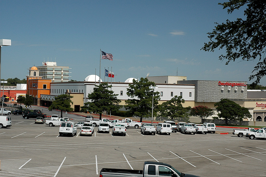 La gran plaza de fort worth architecture in fort worth - Burlington coat factory garden city ...